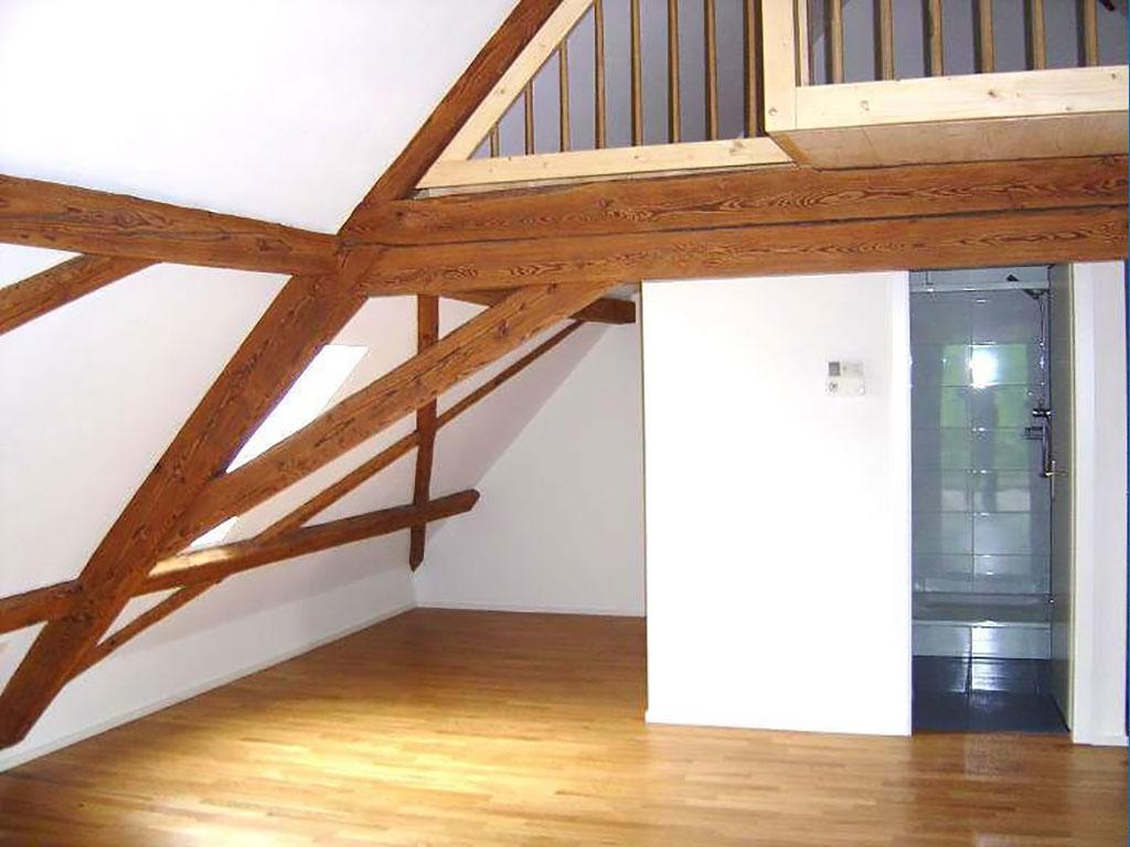 Heimelige Maisonette Dachwohnung 2.5 Zimmer inkl. Klimaanlage