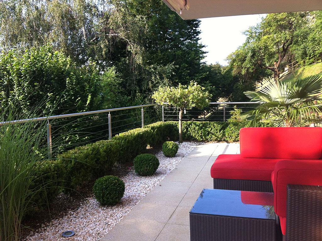 Moderne 3.5 Zimmer Wohnung mit Seesicht und grosser Terrasse